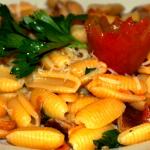 Rezept Gnocci Sardi ai funghi e Pomodori von Kochbock.de