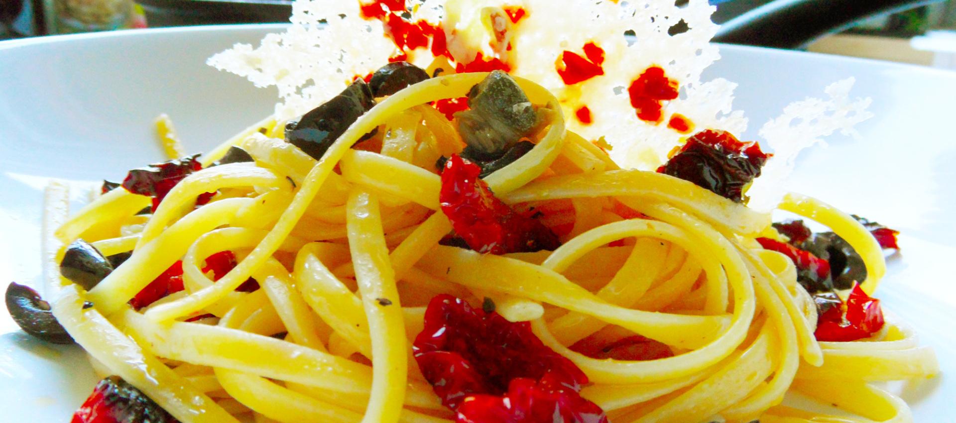 Rezept Bavette mit Oliven & Tomaten - Kochbock.de