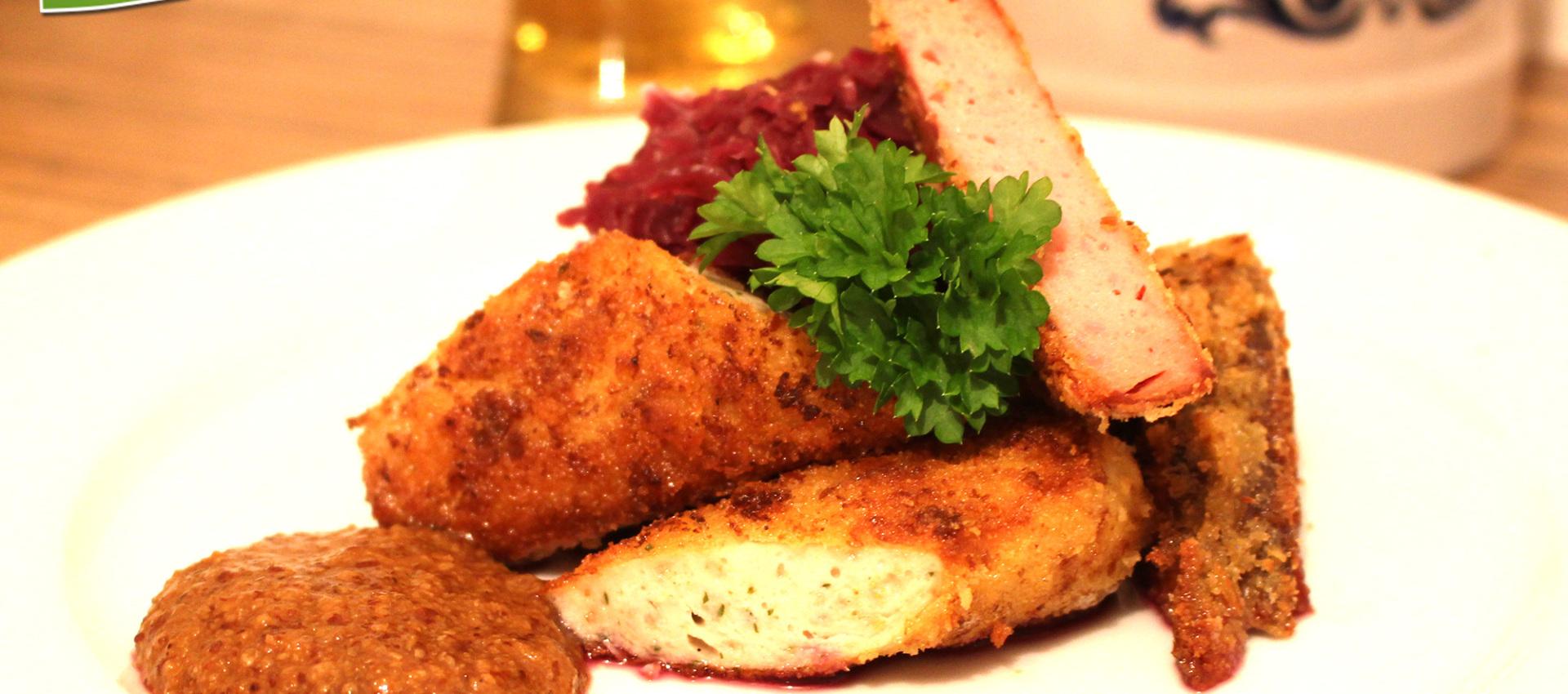 Rezept panierte Weißwurst & panierter Laberkäse mit Senf & Breze - Kochbock.de