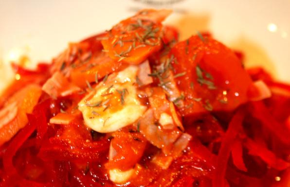 Rezept Rote Bete-Nudeln in Tomatensauce - Kochbock.de