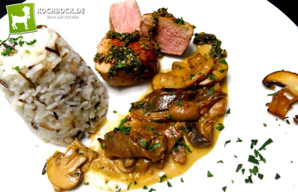 Rezept Schweinemedaillons mit Trüffelsauce an frischen Pilzen mit Gremolata - Kochbock.de