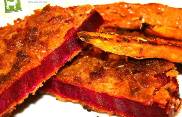 Rezept Rote Bete paniert als Schnitzel mit Süßkartoffel-Pommes - Kochbock.de