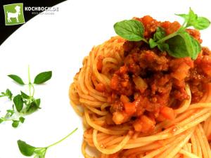 Rezept Spaghetti Bolognese traditionell & lecker - Kochbock.de