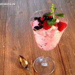 Rezept Mascarpone-Creme mit Waldfrüchten Dessert - Kochbock.de