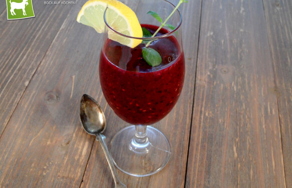 Rezept Waldfrucht Daiquiri mit Waldbeeren & Tequila - Kochbock.de