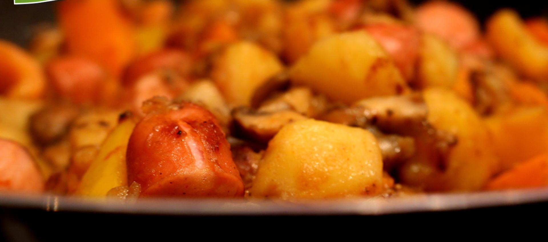 Rezept Kartoffel Eintopf mit Pilzen & Wurst - KochBock.de