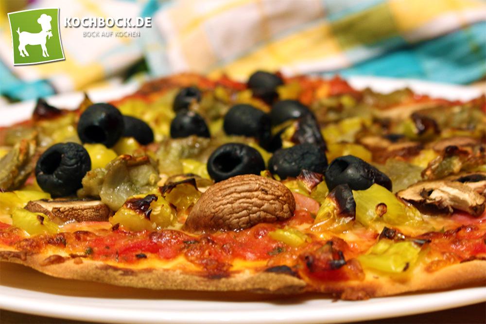 Rezept für eine Pizza Capricciosa von kochbock.de
