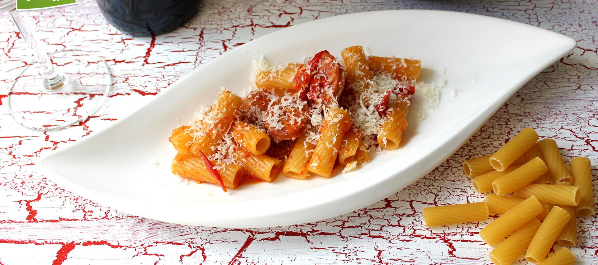 Rezept Pasta mit Salsiccia & Paprikasauce von KochBock.de