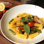 Rezept Tortiglioni mit grünem Spargel roten Linsen Kalb von Kochbock.de