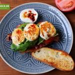 Rezept Crostini mit Mozzarella & Bacon von KochBock.de