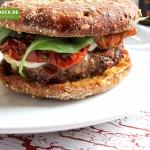 Tomami Burger mit getrockneten Tomaten Rezept von de