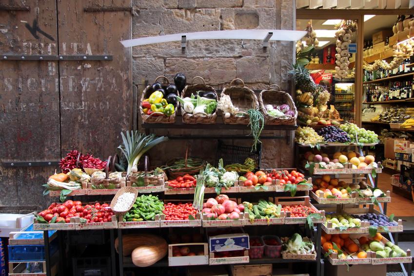 Gemüsestand in der Altstadt vom Florenz