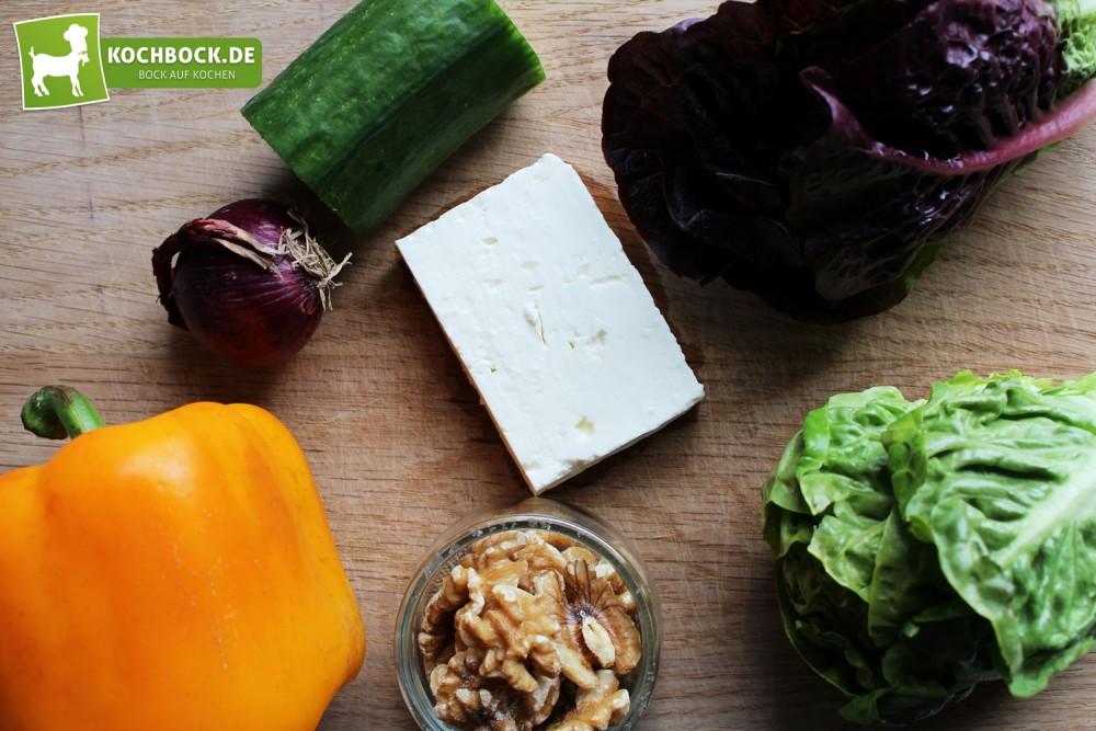 Rezept für Schafskäse Salat Heidelbeeren-Dressing von KochBock.de Zutaten