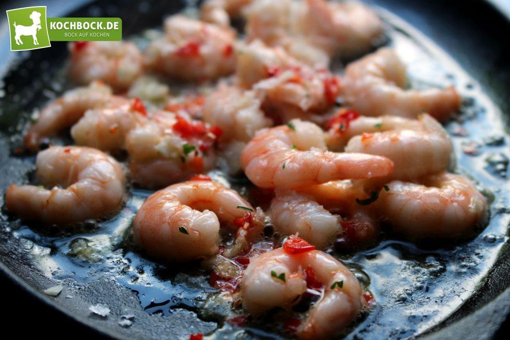 Rezept für Tapas Garnelen mit Sherry von KochBock.de - Anbraten