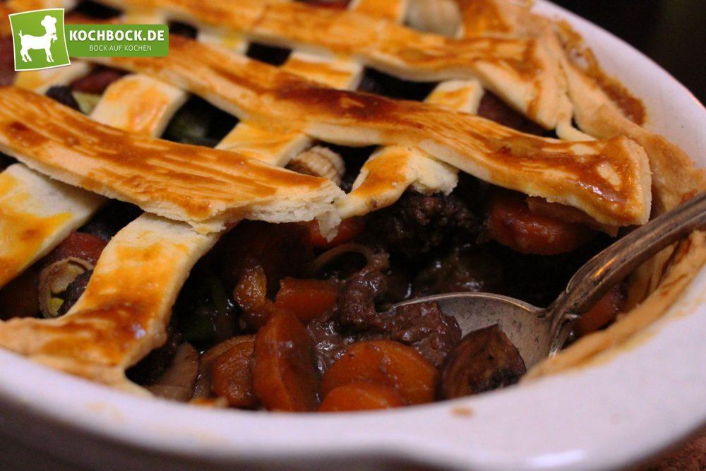 Rezept für Englischer Rinder-Pie von KochBock.de - Essen