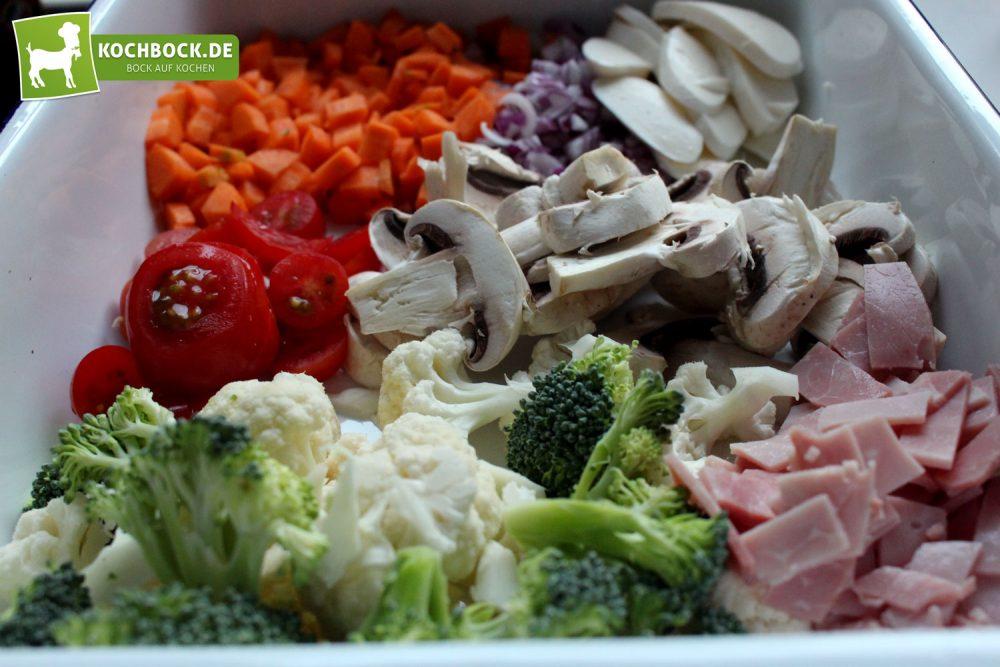 Rezept für Gemüseauflauf mit Schinken von KochBock.de - Zutaten